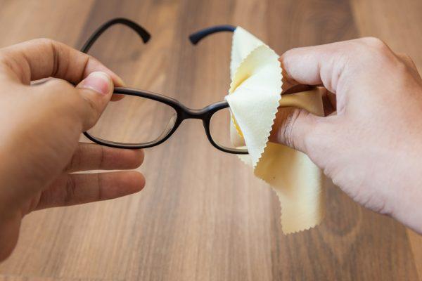 Hướng dẫn cách bảo quản kính mắt đẹp an toàn nhất