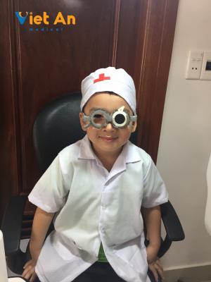 Khám mắt cho trẻ tại thanh hóa